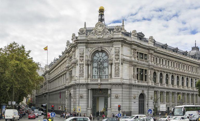 El Banco de España advierte del aumento del trabajo temporal y la caída de salarios
