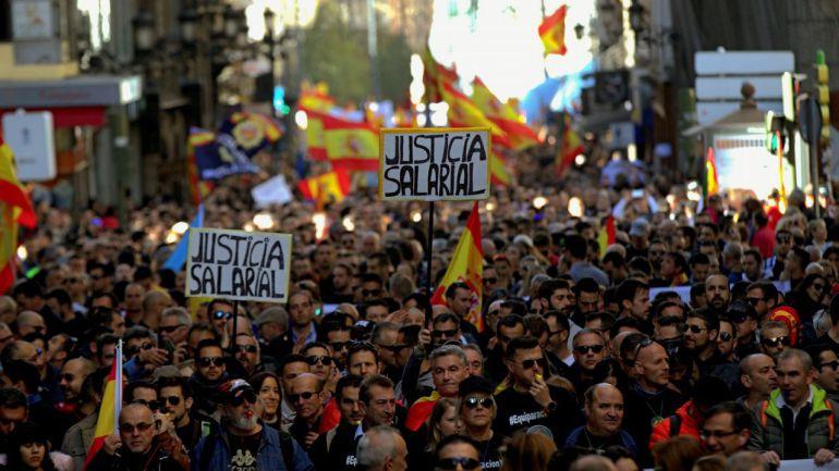 Protestas de policías en Madrid por la equiparación salarial