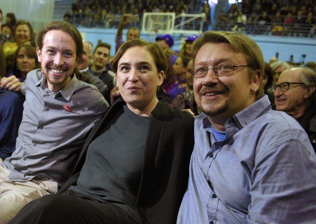 Pablo Iglesias, Ada Colau y Xavier Domènech, durante la campaña de las elecciones generales de 2015.