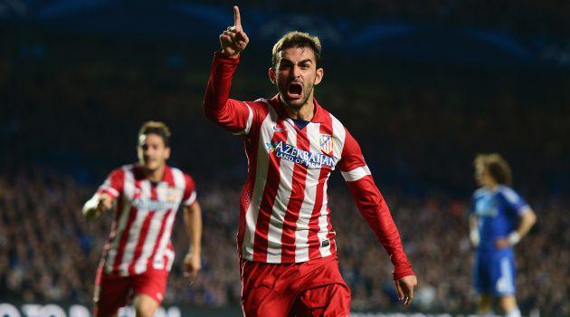 Adrián López celebra su gol en Stamford Bridge