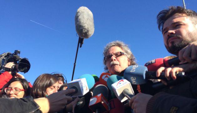 Joan Tardà y Gabriel Rufián (ERC) a la salida de la cárcel