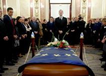 El rey, el Gobierno y representantes de la política despiden a Manuel Marín en el Congreso