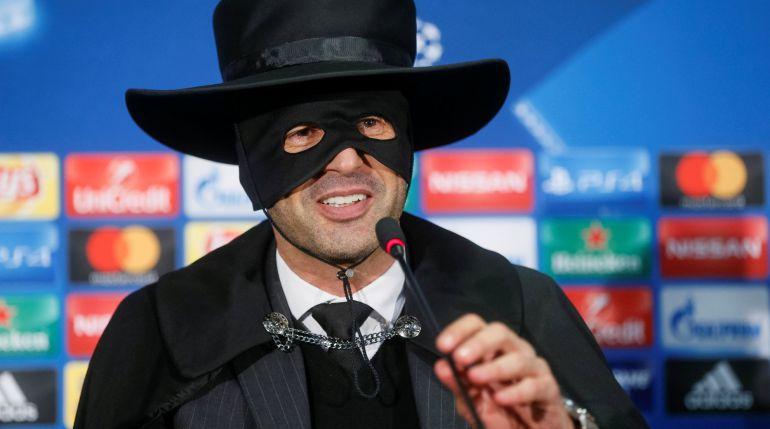 Así salió vestido el entrenador del Shakhtar para cumplir su promesa