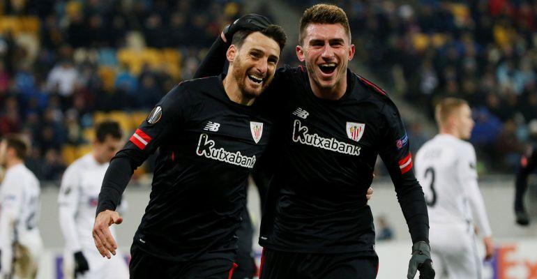 Aduriz celebra el primer gol de Athletic en Ucrania