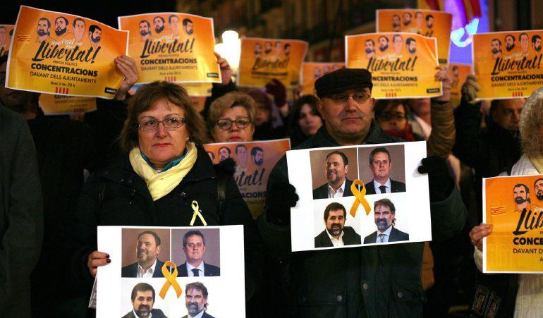 Un momento de la concentración llevada a cabo hoy en Tarragona el pasado día 4