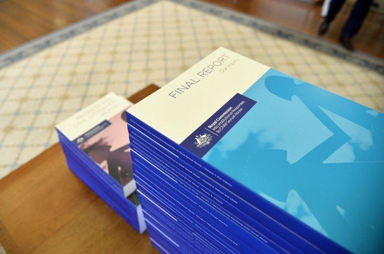 los 17 volúmenes que ha elaborado al comision que ha investigado los casos de pederastia en Australia