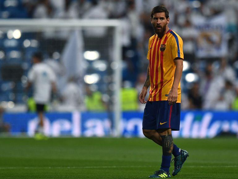 Messi, durante un calentamiento en el Bernabéu