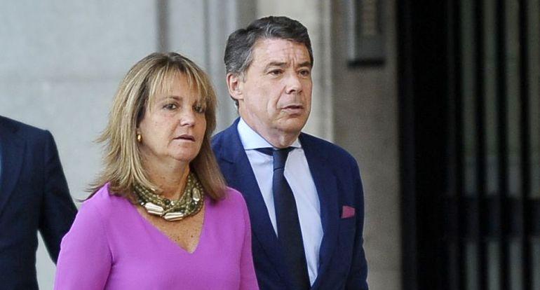 Lourdes Cavero e Ignacio González, en una fotografía de septiembre de 2015.