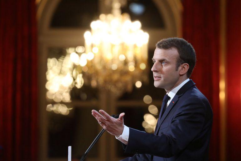 Macron anuncia una ley para combatir las noticias falsas