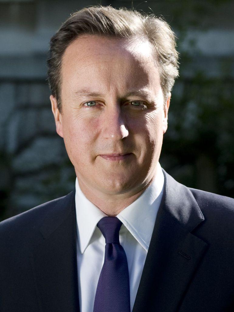 David Cameron el que fuera primer ministro ingles que esta semana da una conferencia en Shangai por la que empresarios chinos pagan 15.000 euros por asistir y poder hacerse una foto con él.