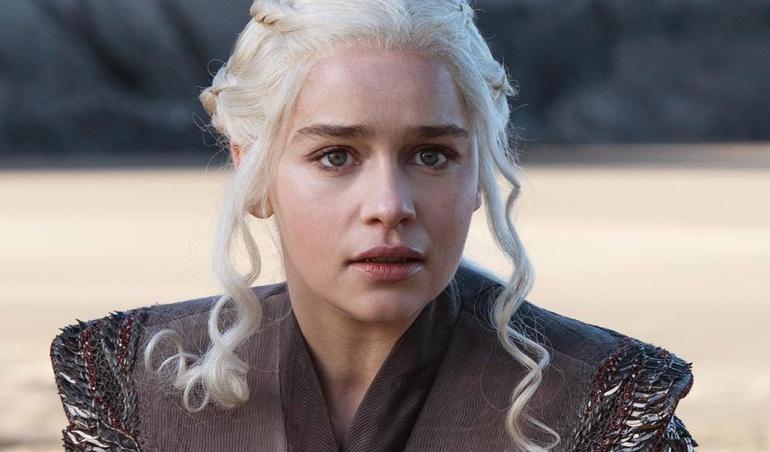Emilia Clarke como aenerys Targaryen en la séptima temporada de 'Juego de tronos'