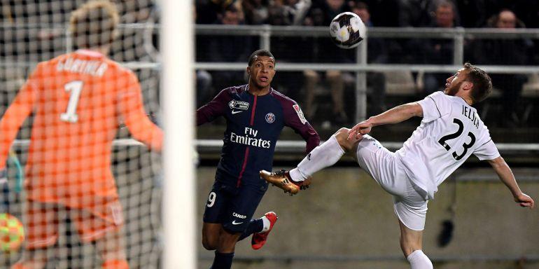 El fútbol francés ha decidido dejar de utilizar la tecnología de gol.