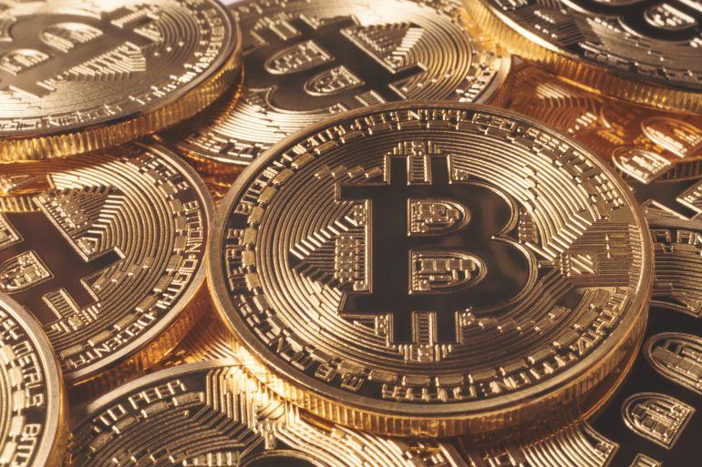 Un hombre compra la primera casa en España con bitcoins