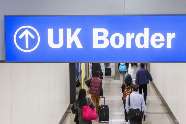 Le niegan la entrada en el Reino Unido a una bisabuela jamaicana, después de trabajar 30 años en la sanidad pública británica