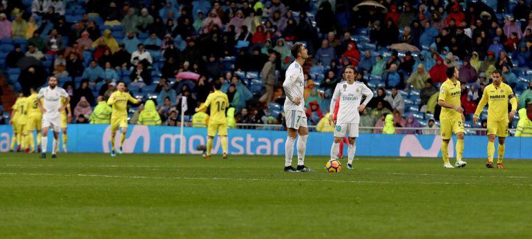 Cristiano y Modric, en centro del campo