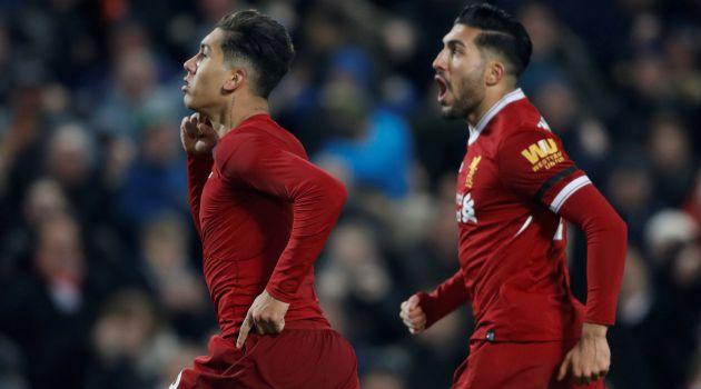 Roberto Firmino celebra el segundo gol del Liverpool en Anfield