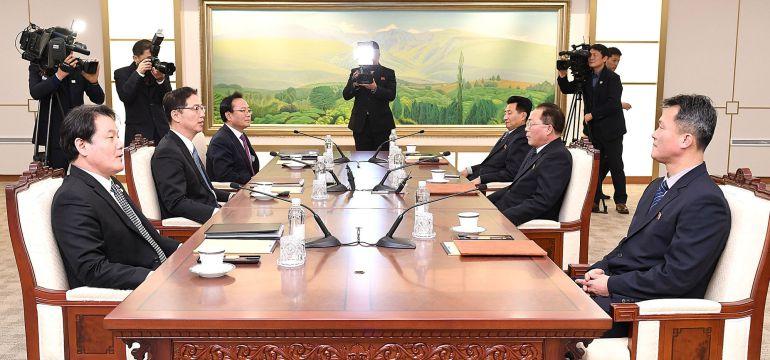 Una foto de las negociaciones al más alto nivel entre dirigentes de las dos Coreas