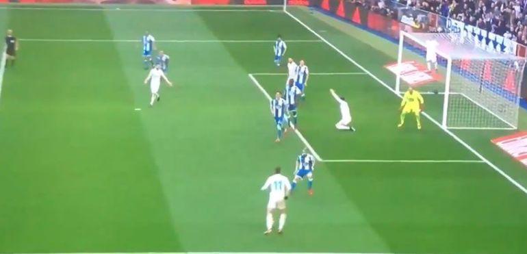 Esto pasaba un segundo antes de que Bale marcara un gran gol en el Bernabéu
