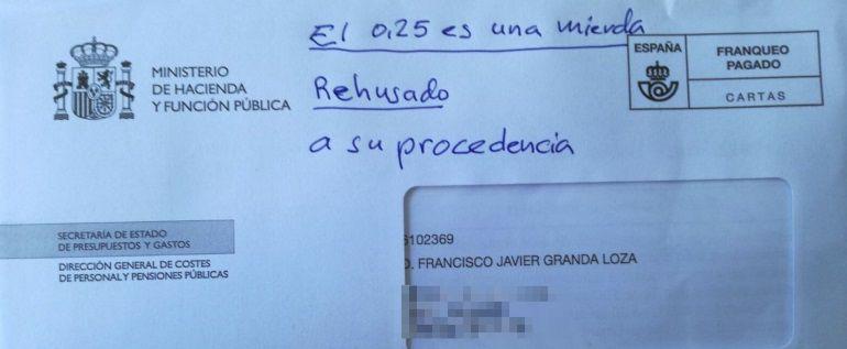 """La carta devuelta a Hacienda sobre la """"mierda"""" de subida de las pensiones"""