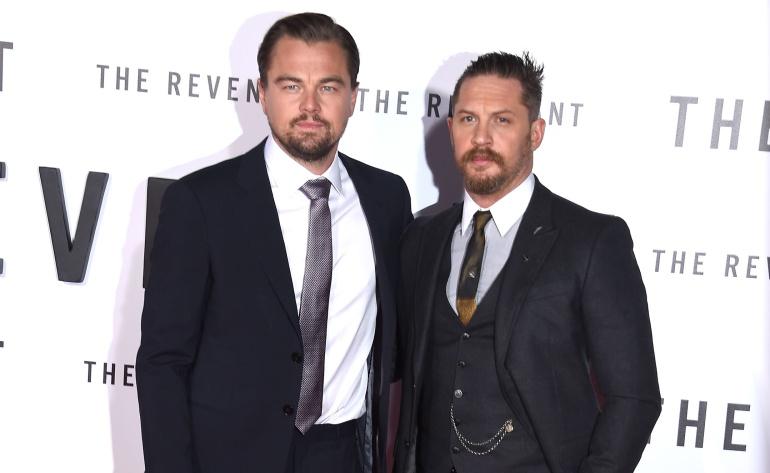 Leonardo DiCaprio y Tom Hardy durante la promoción de 'El Renacido' en 2015