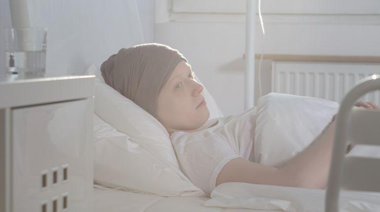 El cáncer deja en exclusión social a 25.000 enfermos