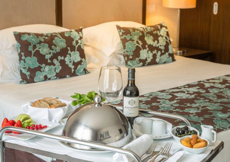 Hoteles para familias por debajo de 100 euros viajes for Hoteles baratos para familias