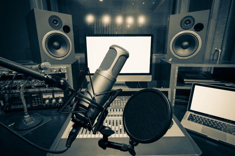 Las tarifas por derechos de autor en la radio no cumplen la ley