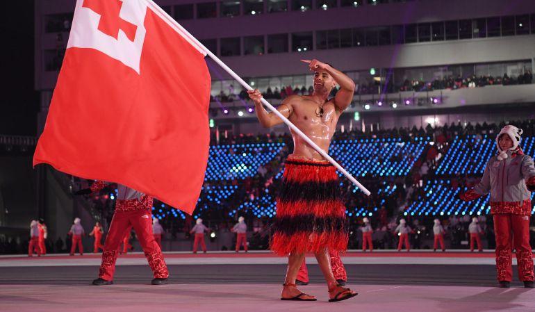 Pita Taufatofua, abanderado de Tonga en los Juegos de PyeongChang.