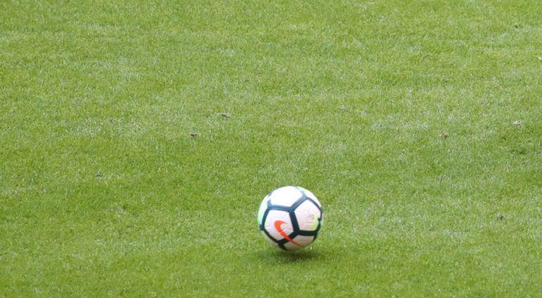 El defensa del Athletic Club, Íñigo Martínez, durante el entrenamiento en