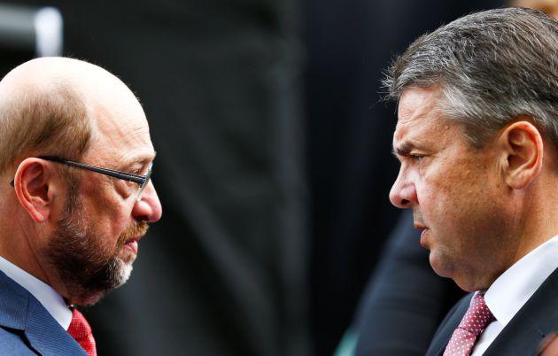 Martin Schulz y el ministro de Exteriores, Sigmar Gabriel