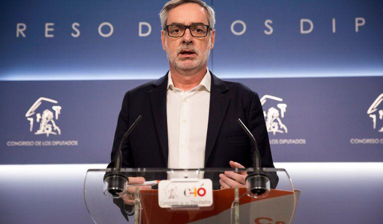 El secretario general de Ciudadanos, José Manuel Villegas, durante la rueda de prensa ofrecida hoy en el Congreso de los Diputados.