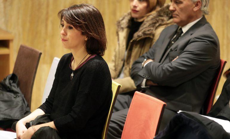 Juana Rivas, en la sala del juicio del Juzgado de Primera Instancia 3 de Granada