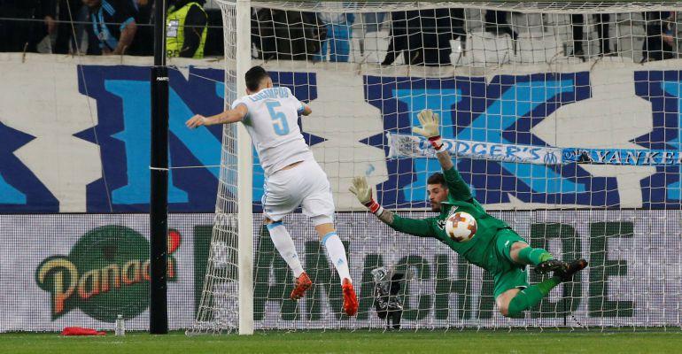 Imagen del momento en el Ocampos hace el 1-0 favorable a los franceses
