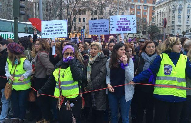 Ingenio en busca de igualdad: las pancartas de las marchas feministas