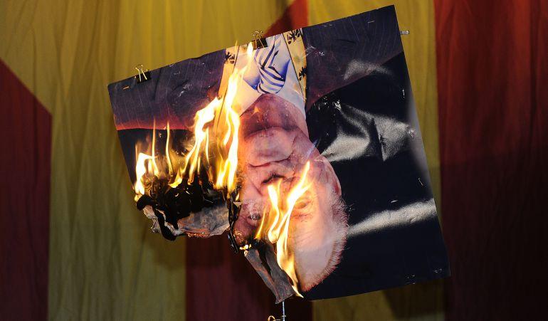 Imagen quemada del Rey Juan Carlos I.