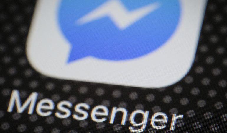 Mark Zuckerberg reconoce el análisis de conversaciones en Messenger.