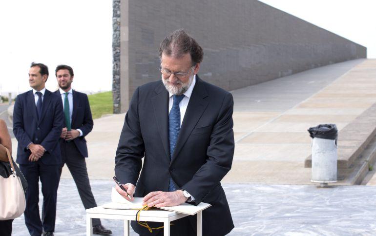 Rajoy tiene la agenda repleta para reunirse con Cristina Cifuentes