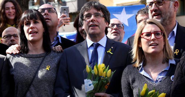 Carles Puigdemont y Elsa Artadi en Berlín el pasado 7 de abril