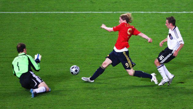 Torres marca el gol de la final de la Eurocopa 2008.