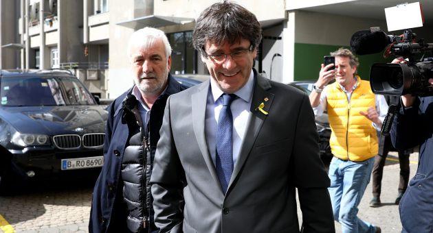 Carles Puigdemont tras abandonar la prisión alemana