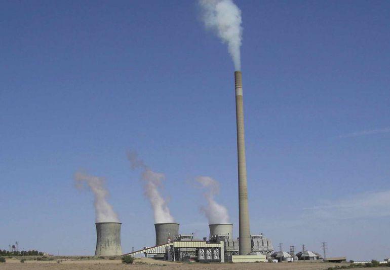 Imagen de la Central Térmica de Andorra, situada en Teruel y que quema carbón para producir electricidad.