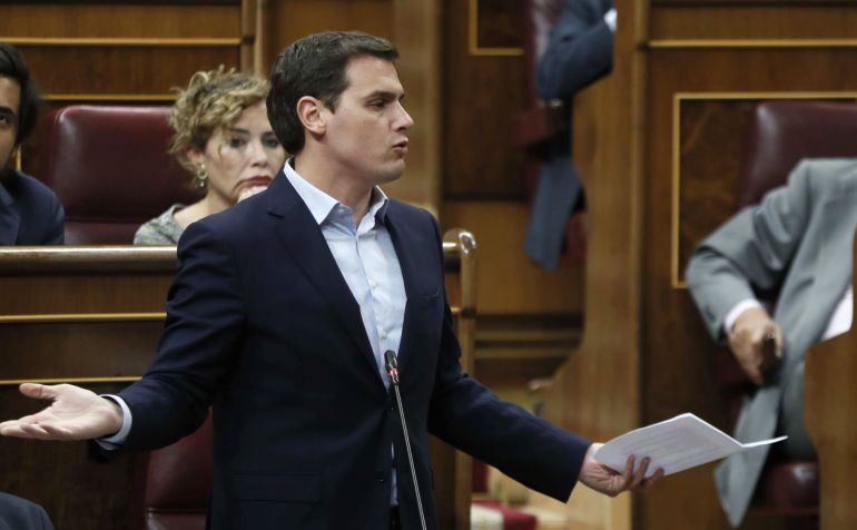 El líder de Ciudadanos, Albert Rivera, durante la sesión de control al Gobierno hoy en el Congreso de los Diputados.