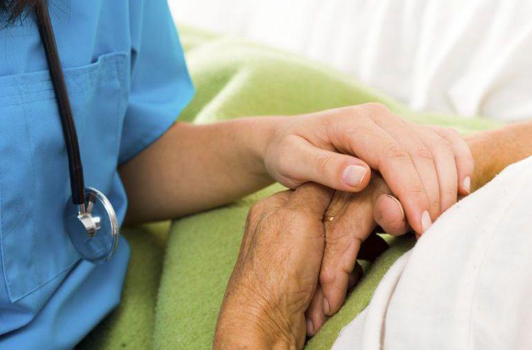 La AECC ha reclamado un análisis exhaustivo de la actual atención sanitaria y social.