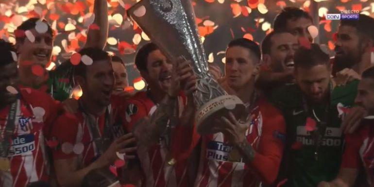 Torres levanta la Europa League del Atlético de Madrid