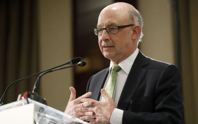 El ministro de Hacienda y Función Pública, Cristóbal Montoro, durante su intervención en un desayuno informativo organizado por El Economista