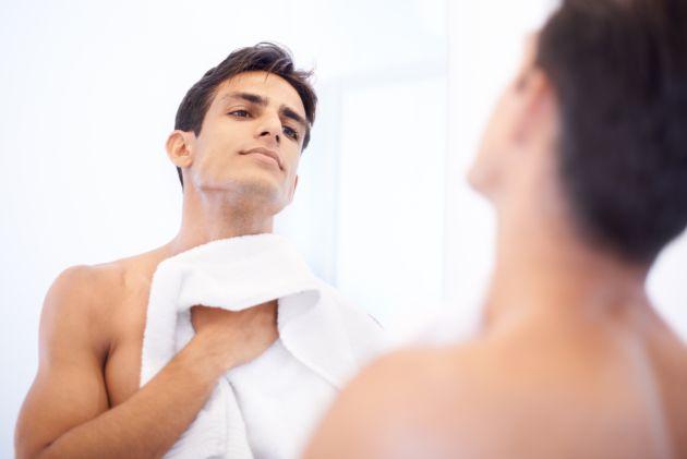 El correcto secado de la piel es esencial.