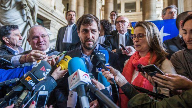 Puig, Comín y Serret ayer en Bruselas tras conocer la decisión