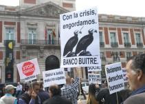 Un juez anula la venta de miles de viviendas públicas de Madrid a un fondo buitre