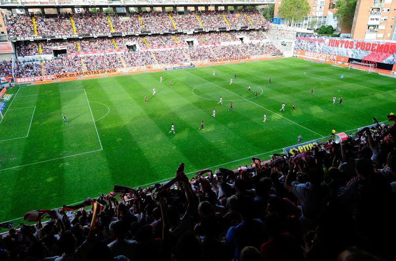 Roban en el estadio de vallecas deportes cadena ser for Oficinas rayo vallecano