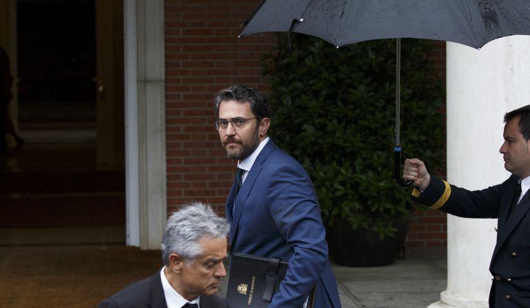 Maxim Huerta, ministro de Cultura y Deportes, visita a Pedro Sánchez.